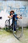 maroni mit ihrem alten rennrad