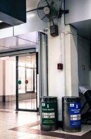 muelltonnenTrivandrumAirport-1