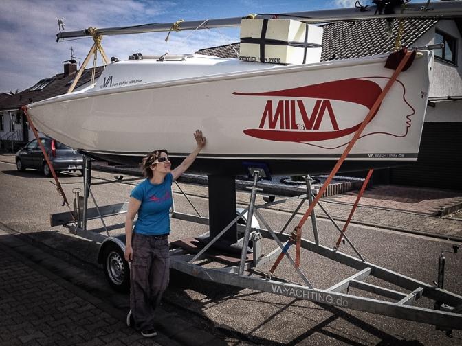 MILVA & TECHNIK: Segelboot auf einem Trailer sichern