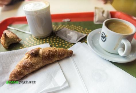Café y Medialuna