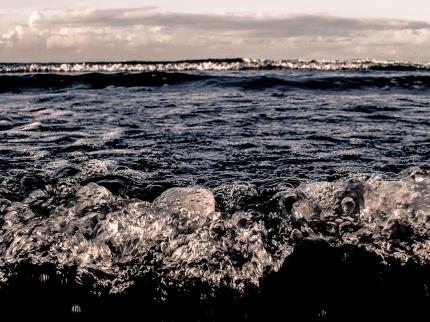 SEA AT SANTOS BEACH