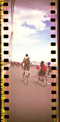 jon_radparade2012